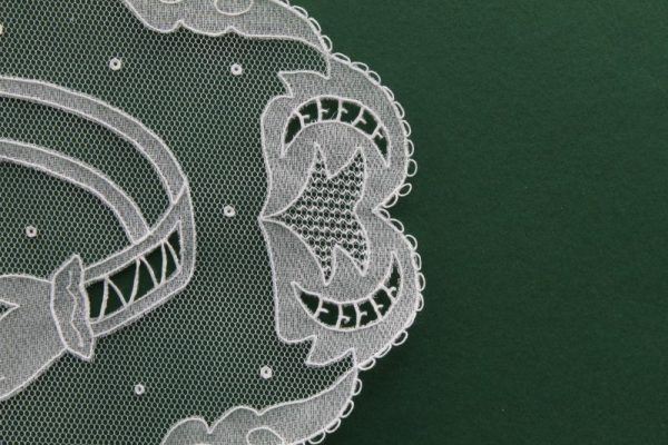 Carrickmacross Lace Claddagh Ring 3